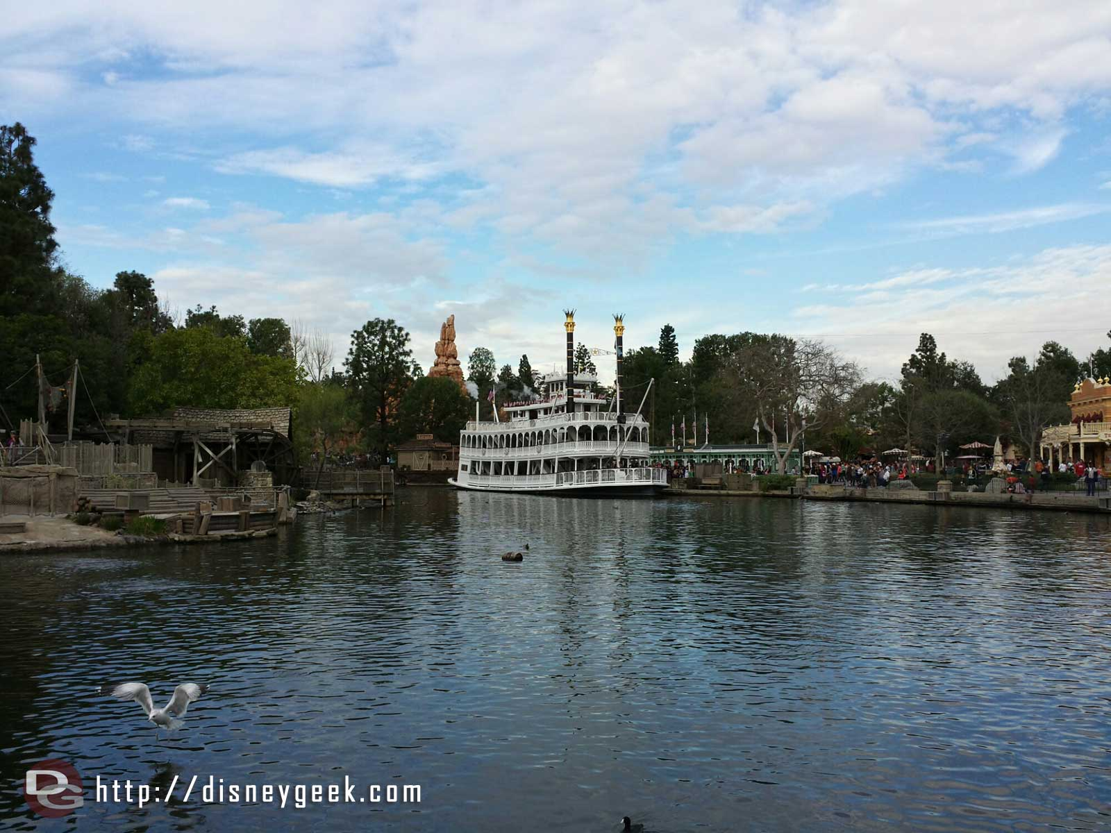 The Mark Twain on the Rivers of America #Disneyland