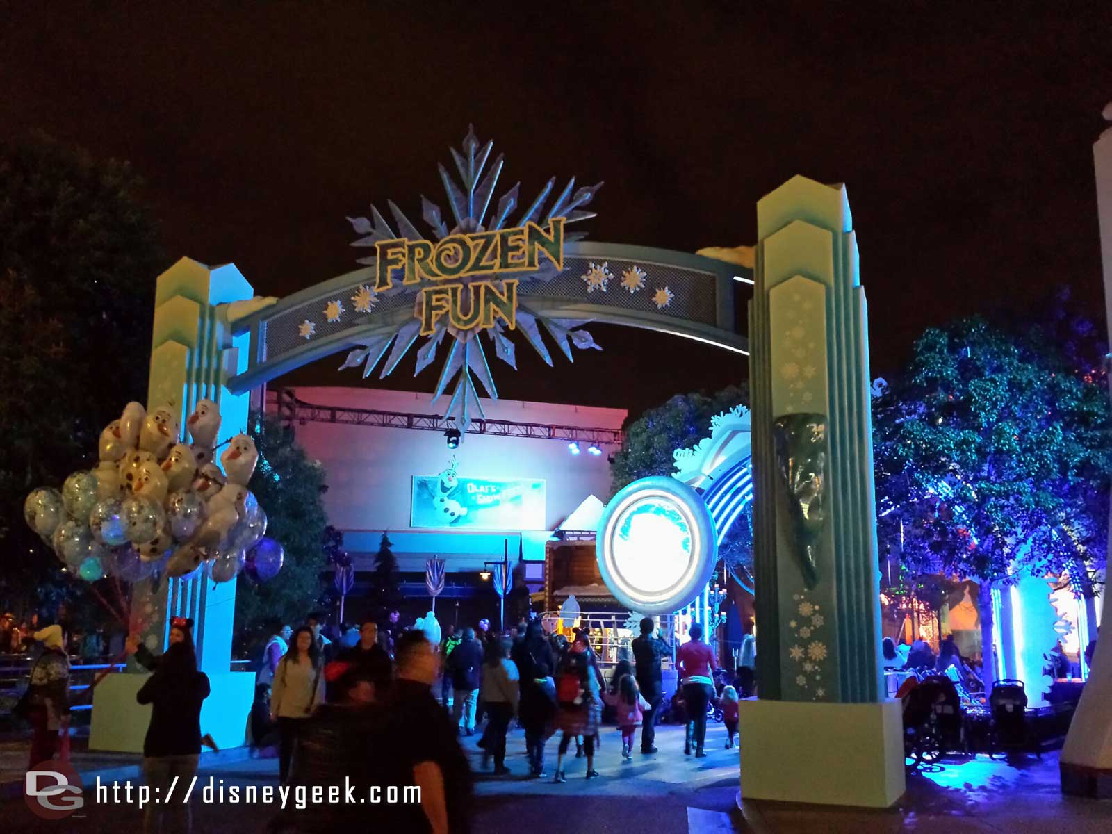 #FrozenFun entrance