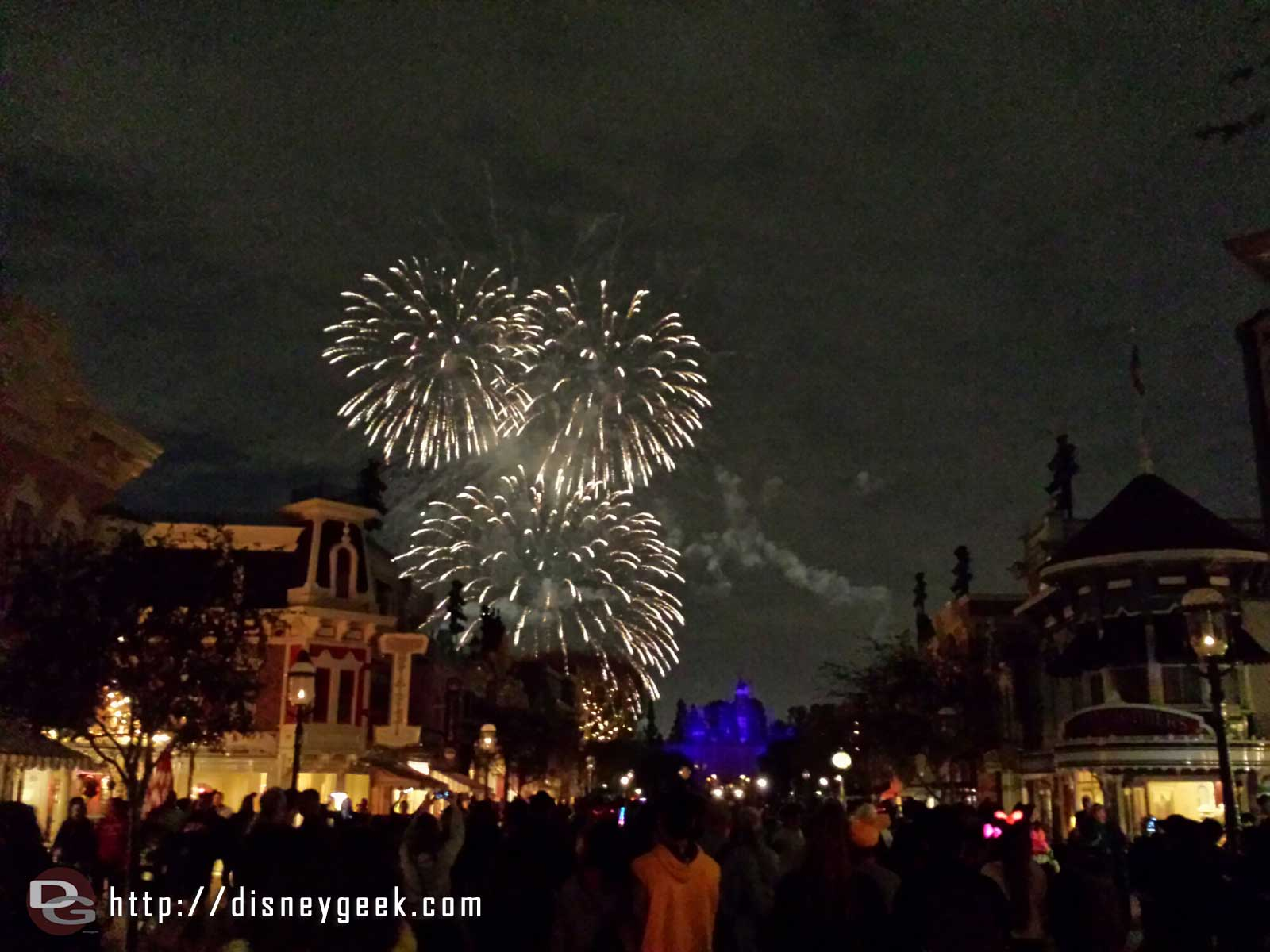 Fantasy in the Sky Mickey fireworks #Disneyland