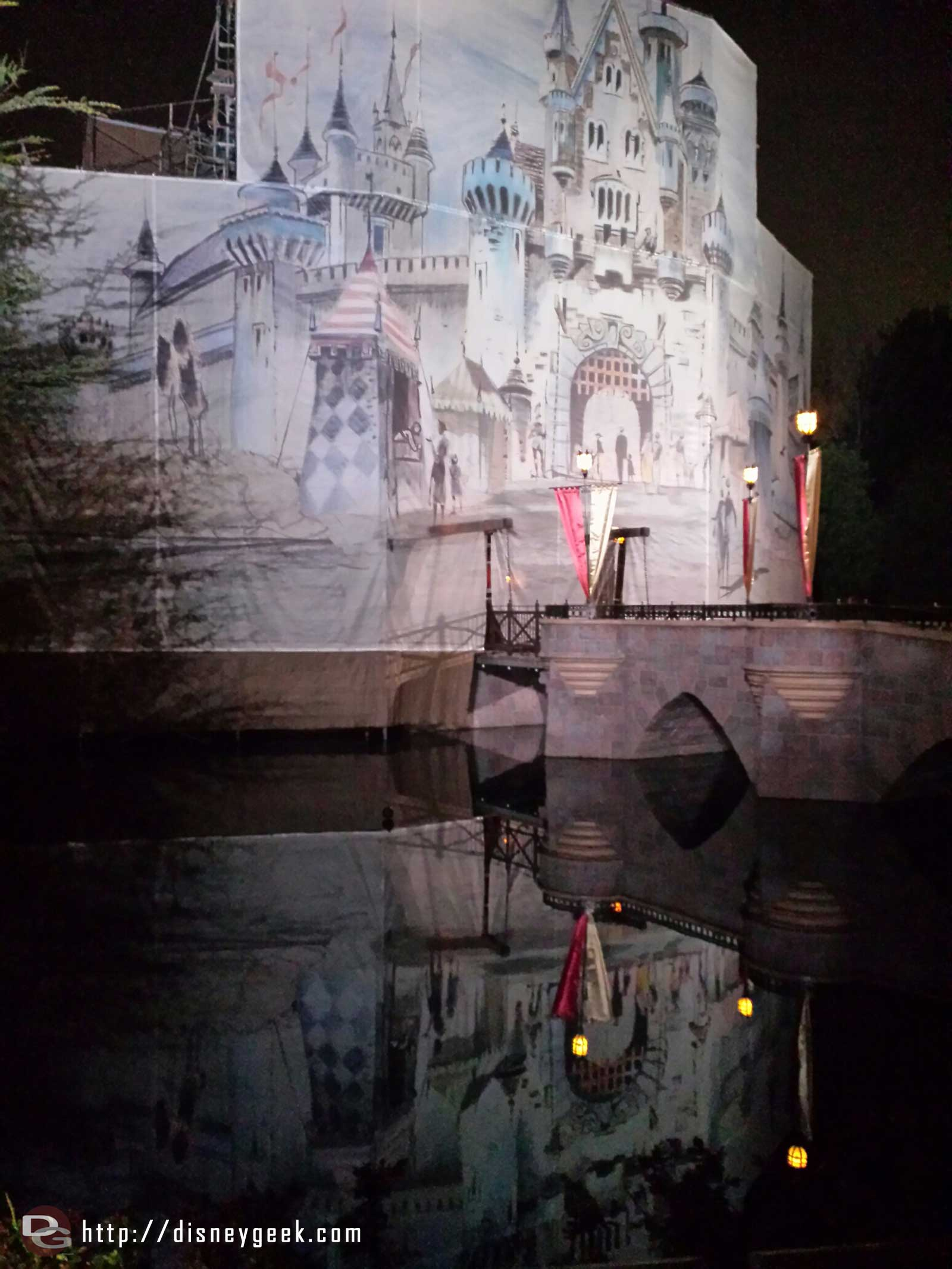 Sleeping Beauty Castle artwork and reflection #Disneyland