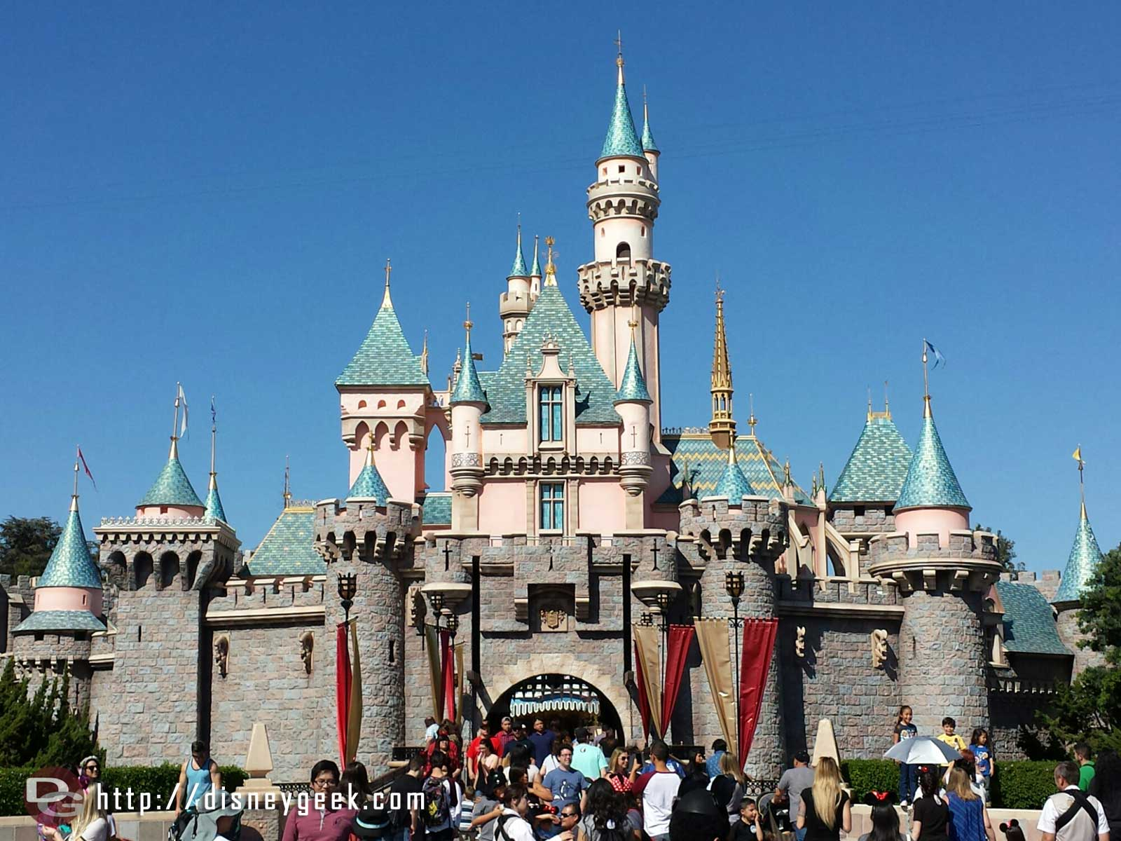 Sleeping Beauty Castle has emerged from the scaffolding since my last visit #Disneyland