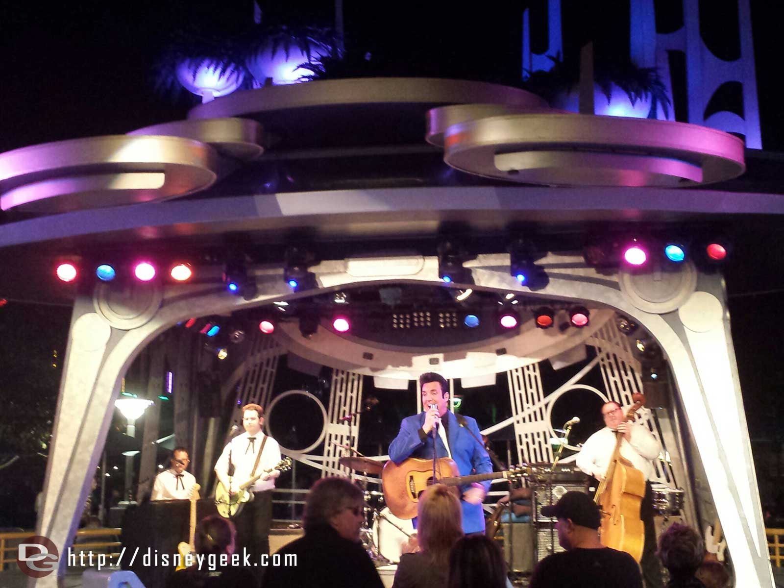 Elvis, Scot Bruce, is performing tonight at Tomorrowland Terrace #Disneyland