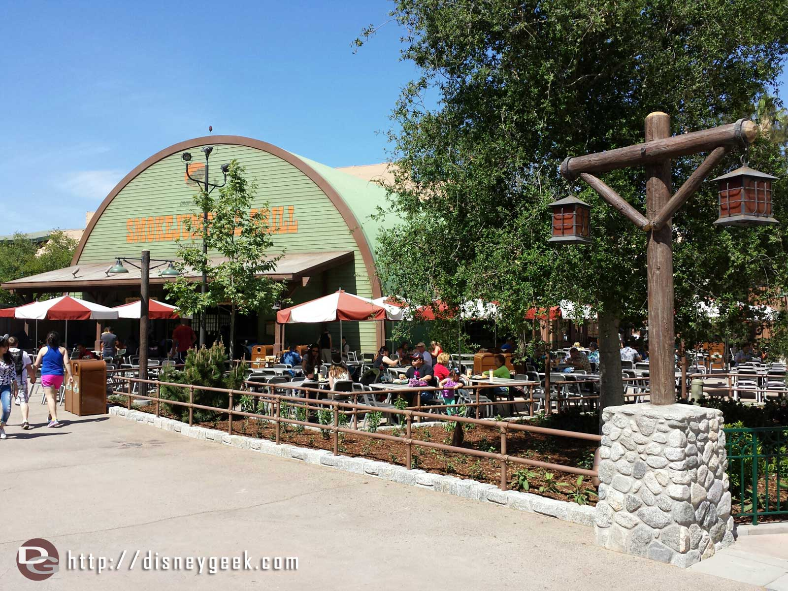 Smokejumpers Grill has opened in the Grizzly Peak Airfield area