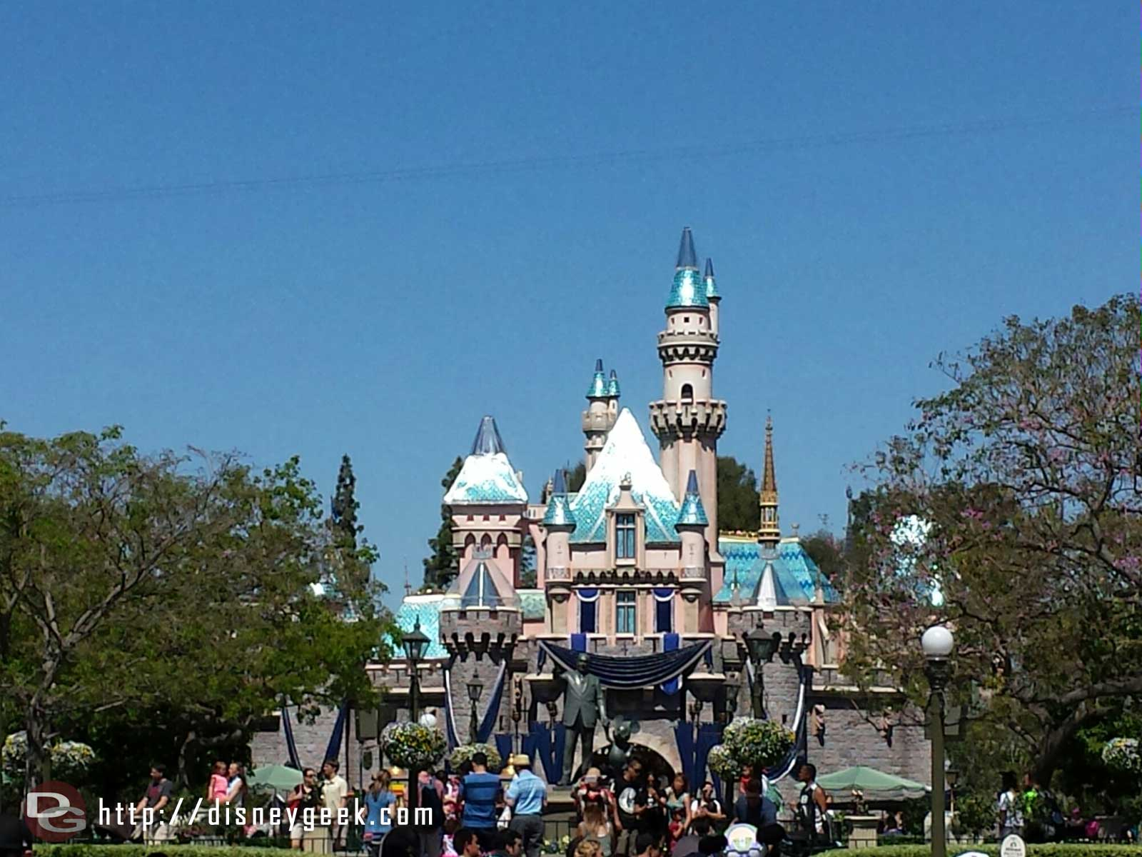 Sleeping Beauty Castle has revieved more #Disneyland60 decorations since last week.  The sun really reflects off them.