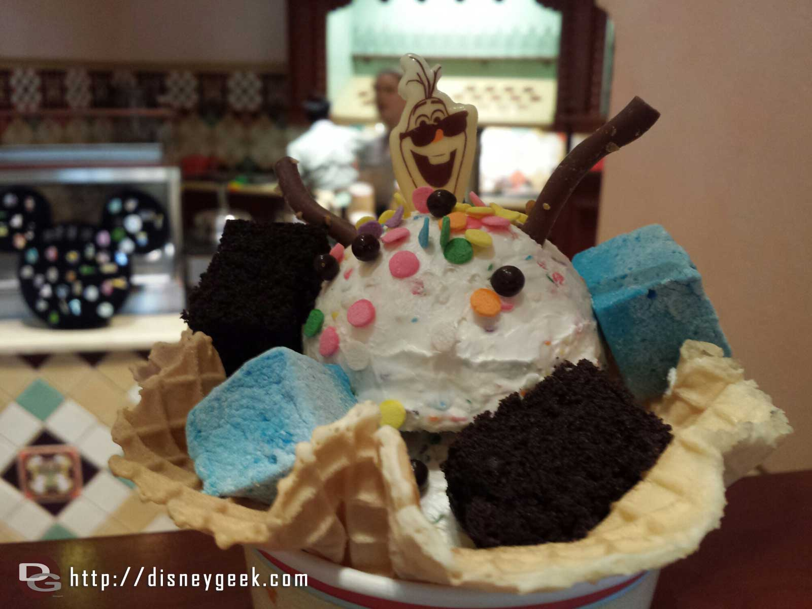 Olaf's perfect sundae day – $5.99 @ Clarabelles #BuenaVistaStreet #Frozen