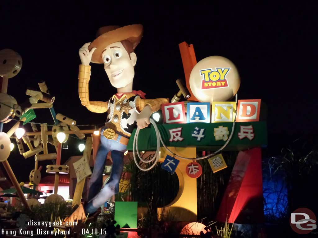 Woody greets you as you enter Toy Story Land #HongKongDisneyland