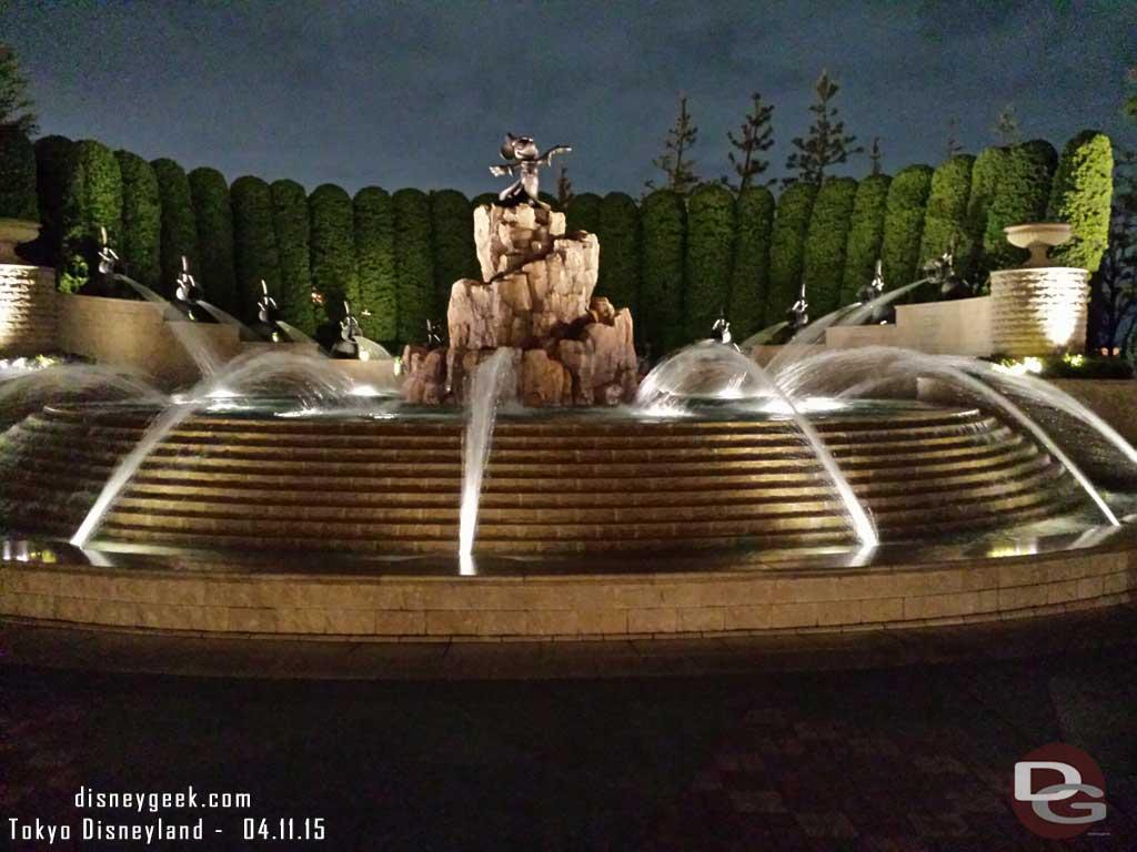 #TokyoDisneylandHotel Fantasia Fountain