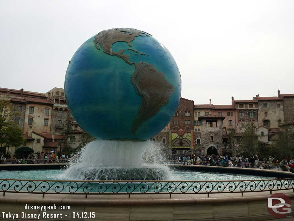Since the weather was decent and we had energy headed for #TokyoDisneySea #TDR