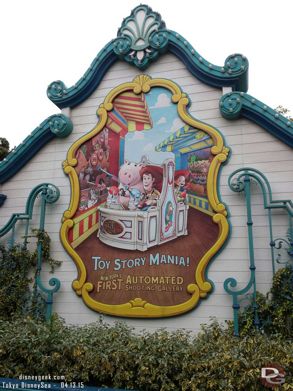 Toy Story Mania sign while waiting for FastPass #TokyoDisneySea
