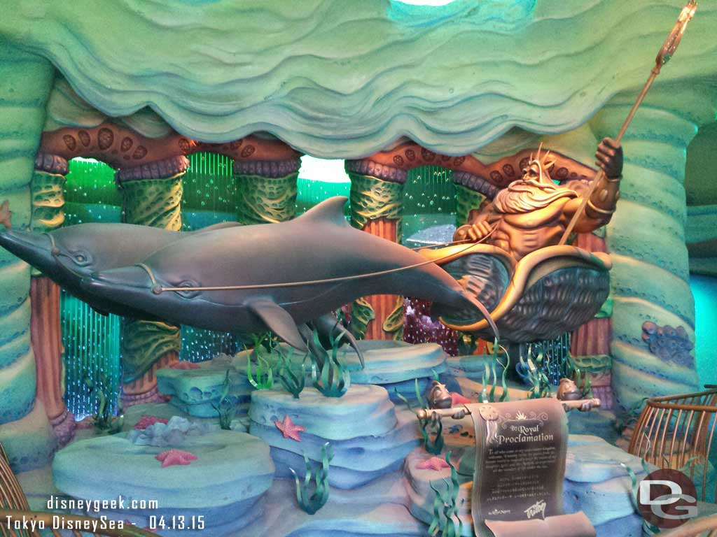 King Triton welcomes you as you enter Mermaid Lagoon #TokyoDisneySea