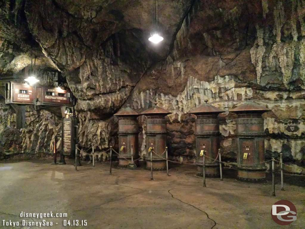 Journey to the Center of the Earth had FastPass turned off this after.  Longest wait I saw 15min #TokyoDisneySea