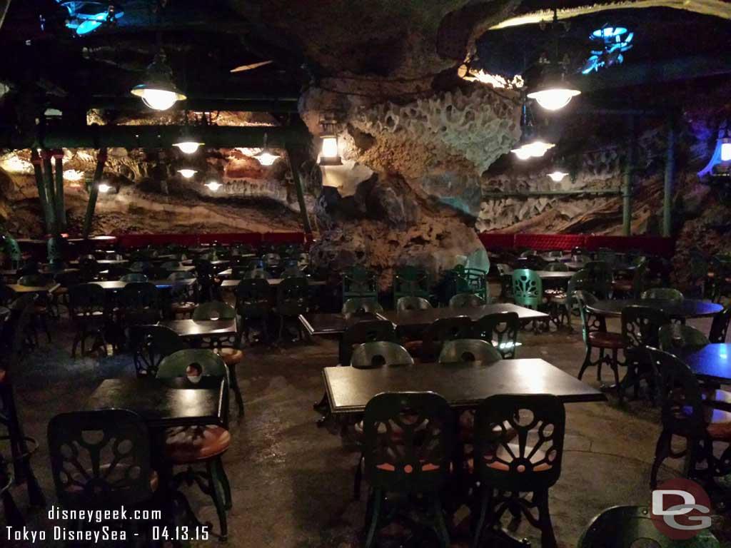 Vulcania Restaurant – Mysterious Island #TokyoDisneySea