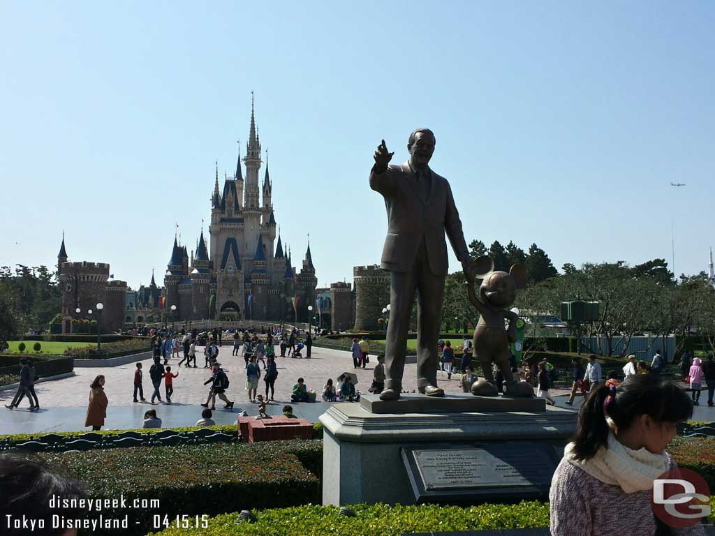 The Partners Statue and Cinderella Castle #TokyoDisneyland