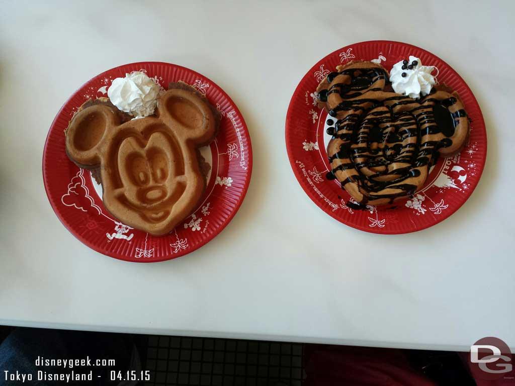 Breakfast – Mickey Waffles #TokyoDisneyland