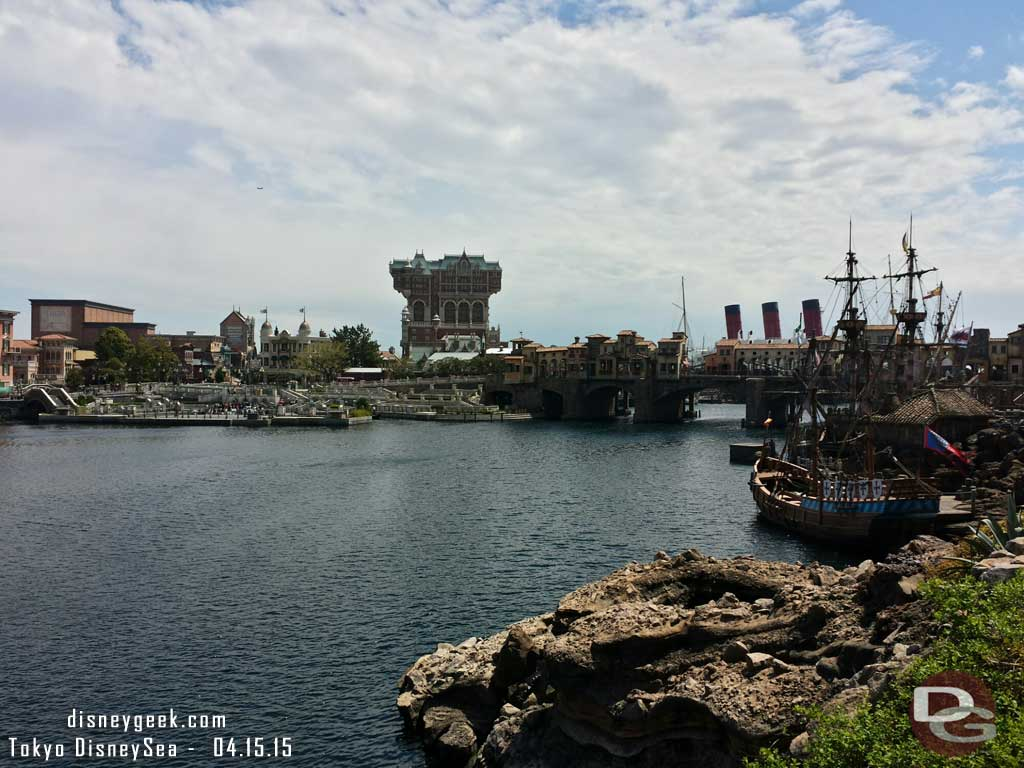 Looking toward the American Waterfront #TokyoDisneySea