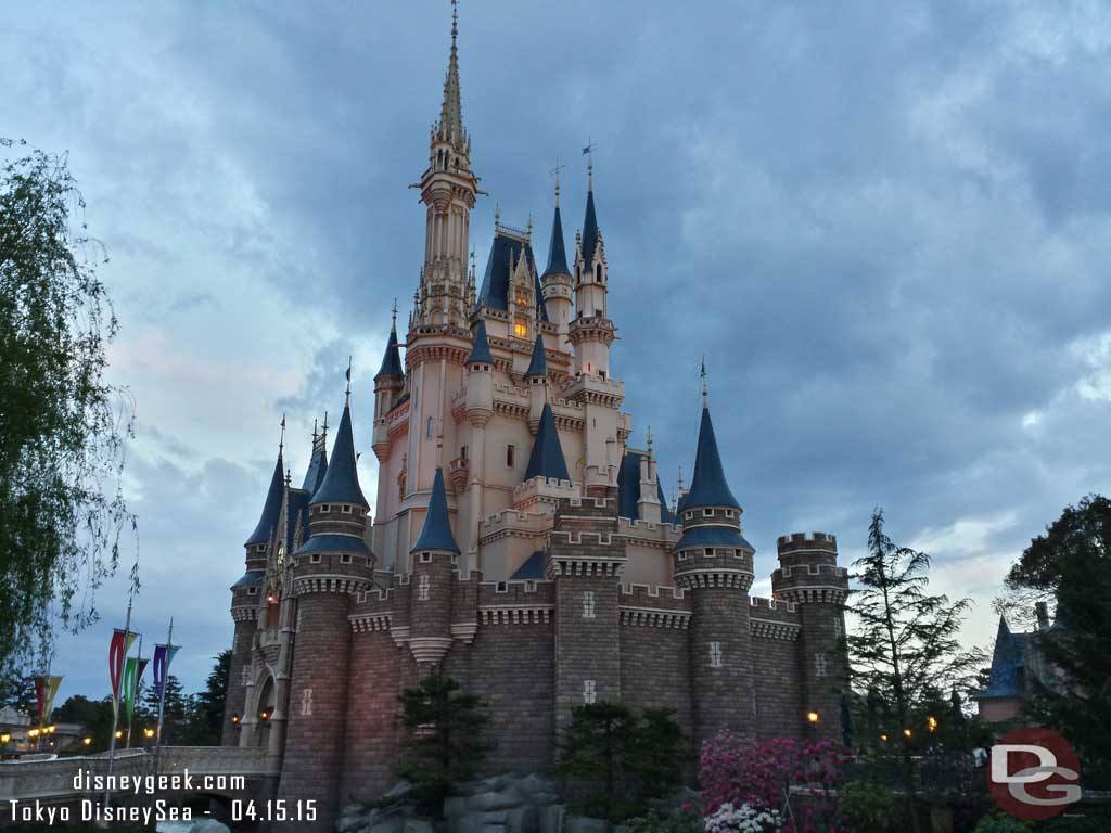 Another Cinderella Castle pic #TokyoDisneyland