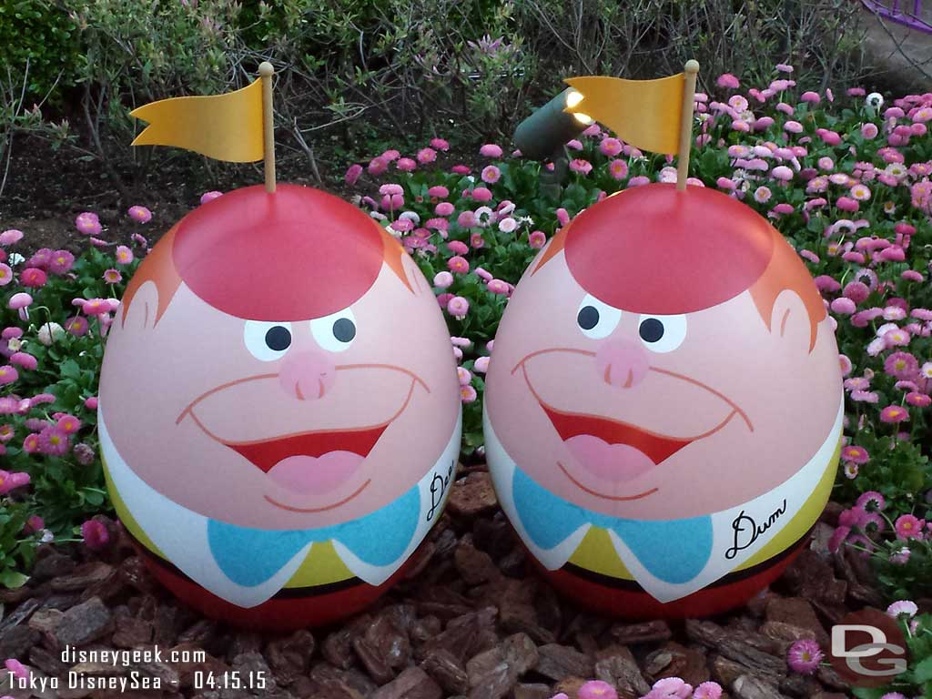 Tweedles in egg form near the Queen of Hearts Banquet Hall #TokyoDisneyland