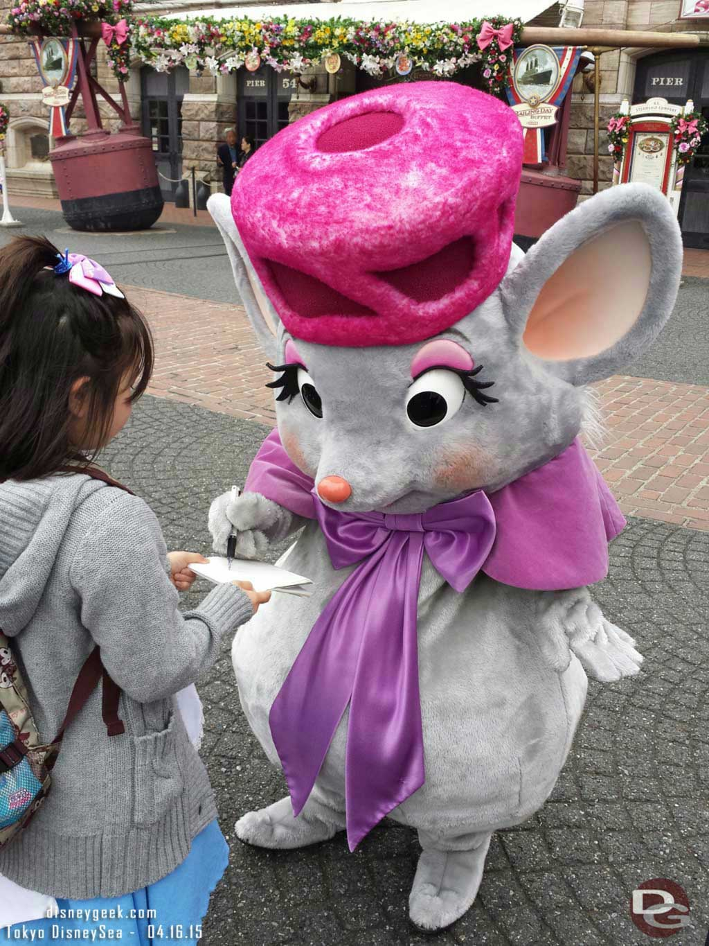 Bianca from the Rescuers in the Animation Waterfront #TokyoDisneySea