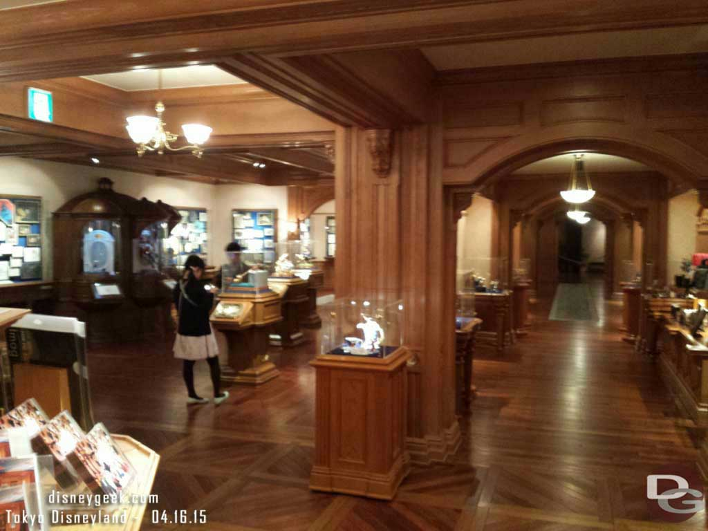 Disney Gallery #TokyoDisneyland
