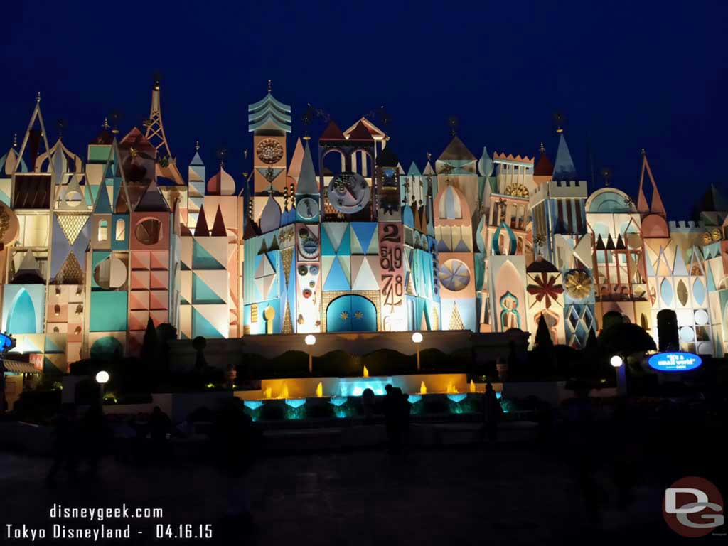 It's a Small World this evening #TokyoDisneyland