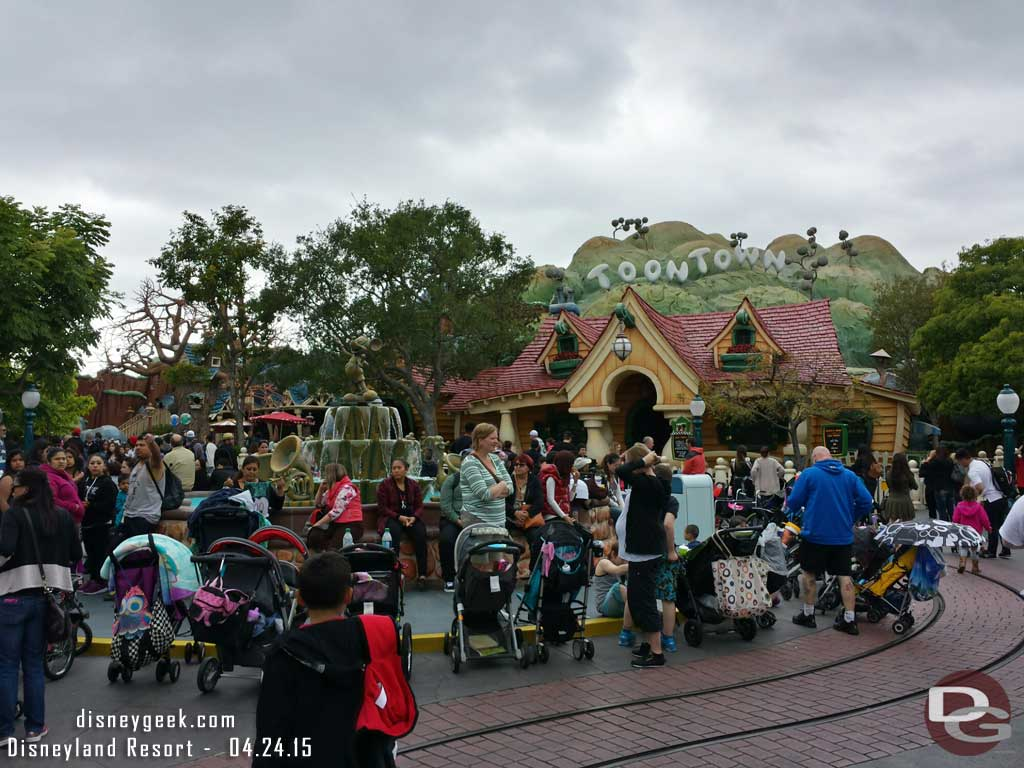 The Mickey Fountain in Toontown is surrounded by strollers this afternoon #Disneyland