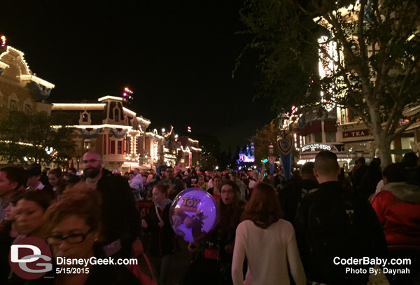 Crowds at Disneyland at 9:45pm on  5/15/2015