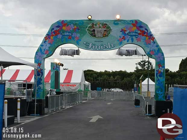 The Finish line for the races is in the Simba parking lot