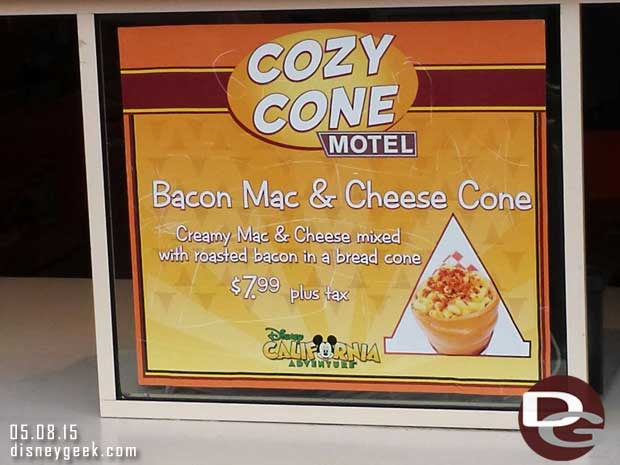 Bacon Mac & Cheese Cones available at the Cozy Cone #CarsLand