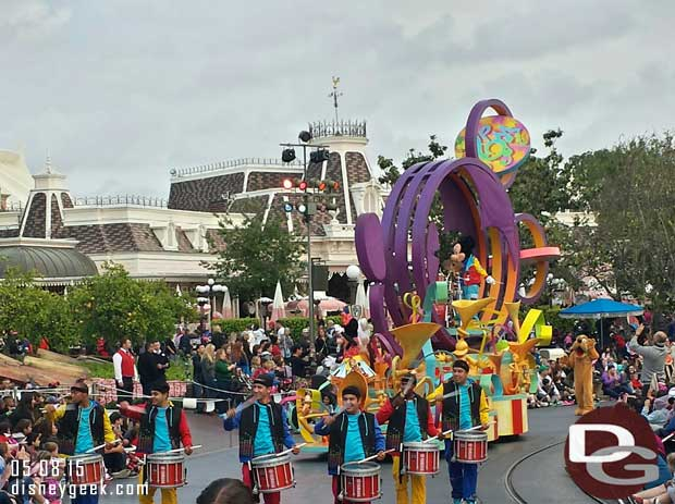 Mickey's Soundsational Parade passing through the hub #Disneyland