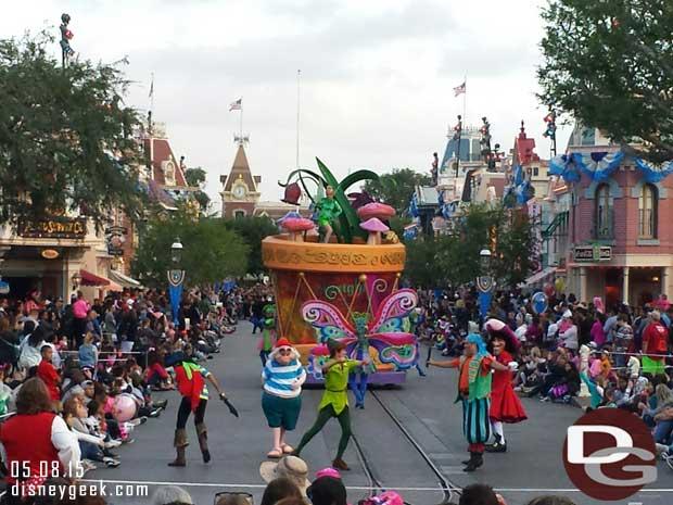 Soundsational on Main Street – Peter Pan & Tinkerbell grouping #Disneyland
