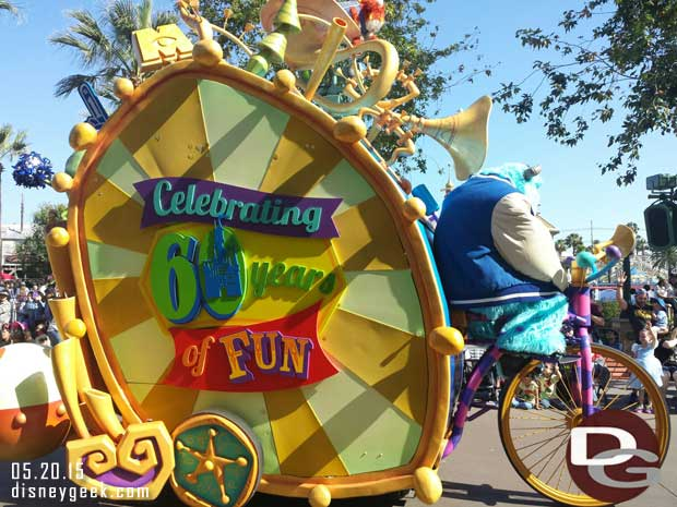 The Pixar Play Parade is celebrating #Disneyland60