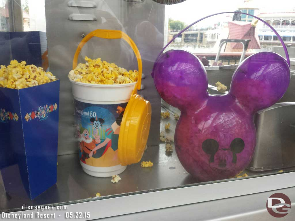 #Disneyland60 Purple popcorn pail in Paradise Pier – no line