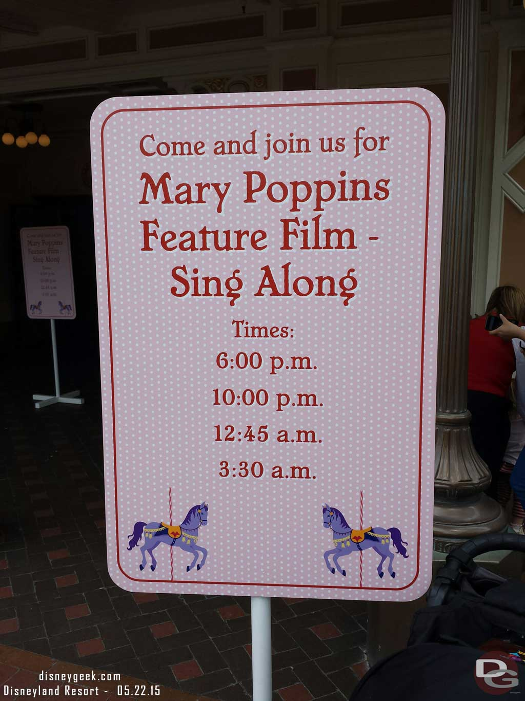 The Main Street Opera House has Mary Poppins sing a longs tonight #Disneyland60