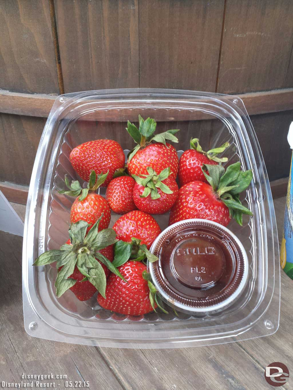 Fresh strawberries with chocolate dip $4 @ Chuck Wagon Delights #Disneyland