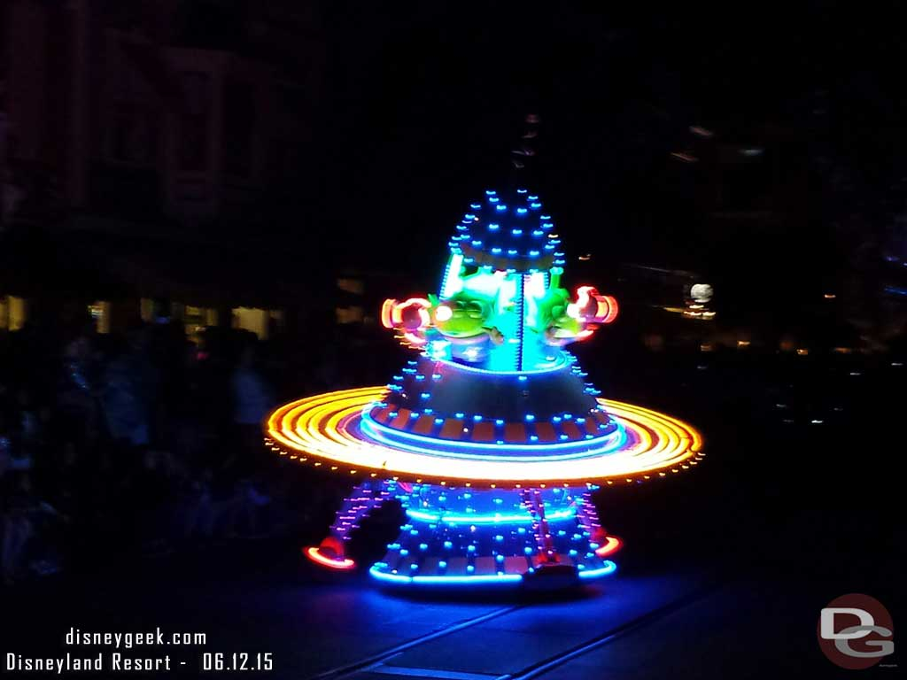 Blurry pic of the new green alien float #PaintTheNight (better pics tomorrow)