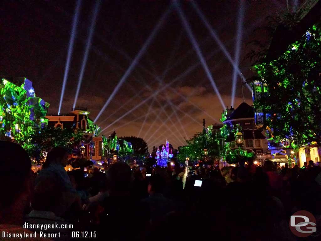 #DisneylandForever opening #Disneyland60