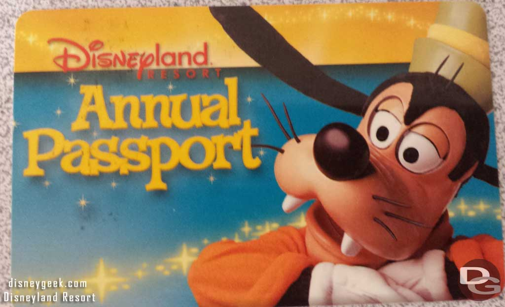 Disneyland Annual Pass 2003-05
