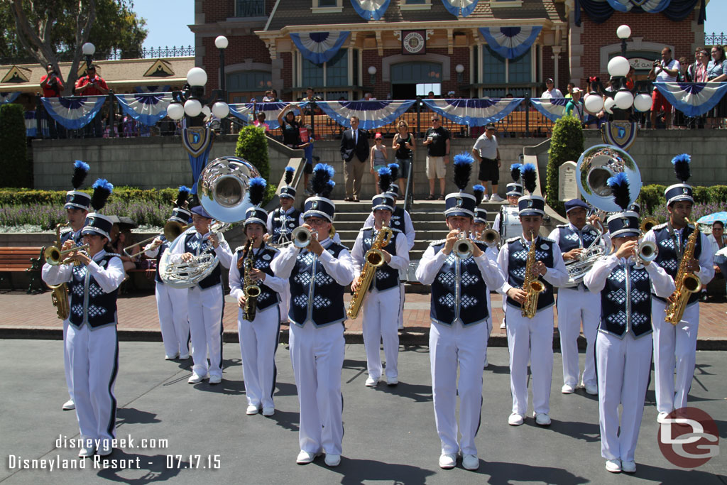 New Disneyland Band Debuted on Friday, July 17, 2015 (Pictures & Video)