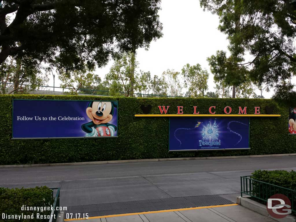 Just arrived @ #Disneyland for the day, no delays parking or at tram stop
