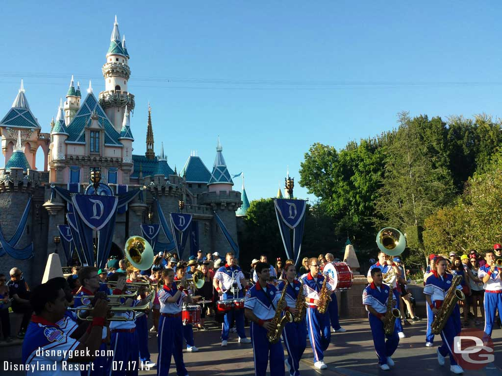 6:15 #Disneyland All-American College Band set #AACB