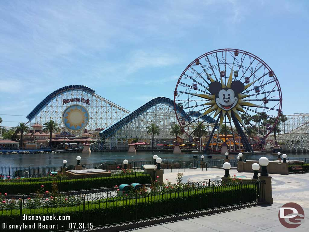 All is quiet in Paradise Park this afternoon, too bad the instant concerts did not return