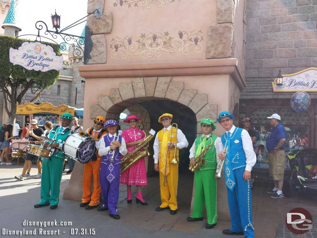 The Pearly Band in Fantasyland #Disneyland