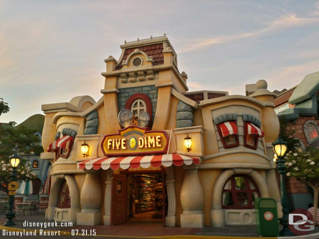 #Toontown Five and Dime #Disneyland