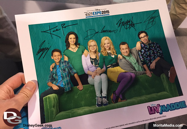 Autographed Liv and Maddie Cast Photos were handed out during their Photo Opportunity