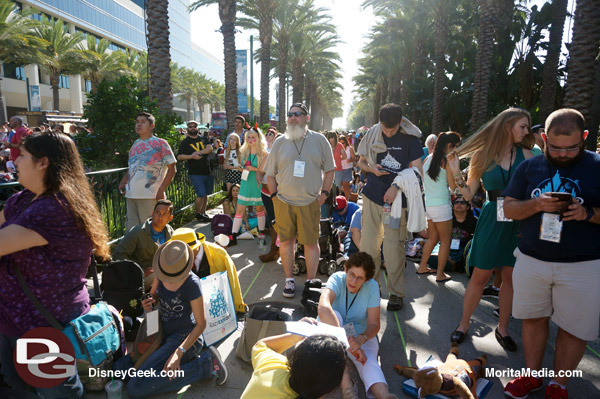 Lines in the early morning for D23 Expo (General Admission)