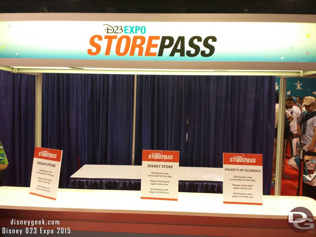 All StorePasses are gone for today #D23Expo