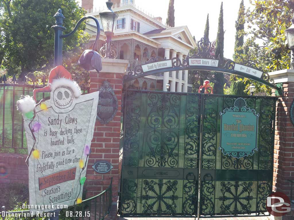 The Haunted Mansion is closed until 9/11 to receive the Holiday overlay #Disneyland
