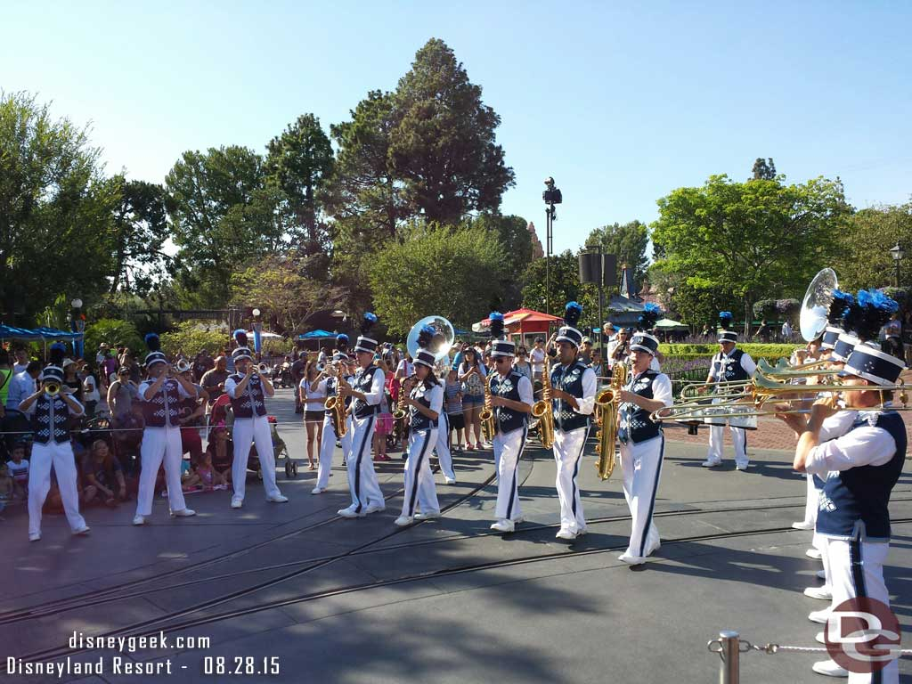 #Disneyland Band stopped to perform Live the Magic in the hub