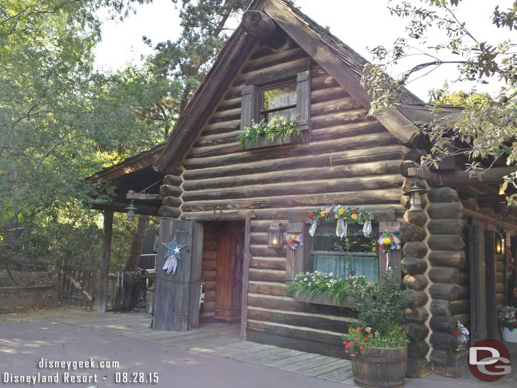 Wonder if the cabin in the Big Thunder Ranch area will find a new home when #StarWars takes over #Disneyland