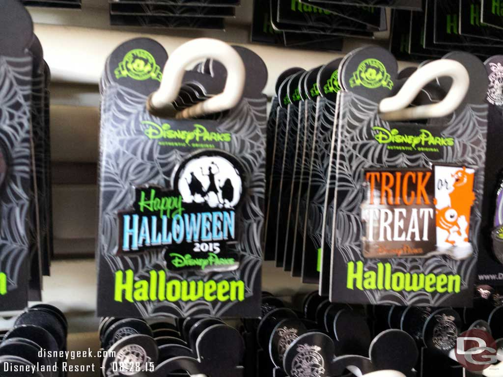 DisneyParks 2015 #Halloween pins at #Disneyland